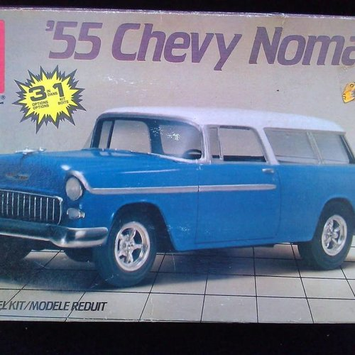 AMT 1/25 Model Kit '55 Chevy Nomad (#6592)