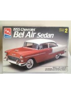AMT 1/25 Model Kit 1955 Chevrolet Bel Air Sedan Skill 2 (#6771)