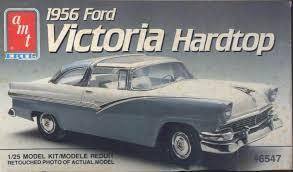 AMT 1/25 Model Kit 1956 Ford Victoria Hardtop (#6547)