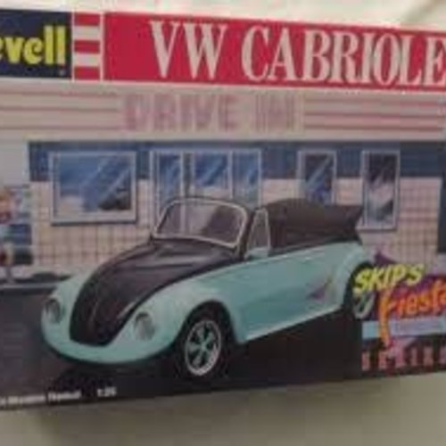 Revell Revell #7151 VW Cabriolet 1/25 Model Kit (Skip's Fiesta Drive-In)