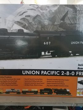 MTH O Gauge RailKing 2-8-0 Steam Freight R-T-R Train Set w/Proto-Sound 3.0