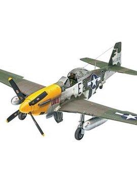 Revell 03944 1/32 P-51D Mustang