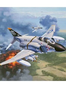 RVL 03941 1/72 F-4J Phantom US Navy