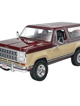 Revell RMX854372 1/24 1980 Dodge Ramcharger