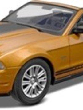Revell RMX851963 1/25 Snap '10 Mustang Convertible