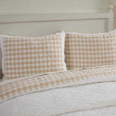 Pillows/Shams