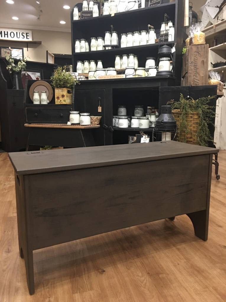 Amish Storage Bench