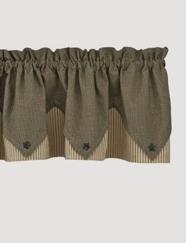Park Designs Prim Star Lined Point Valance
