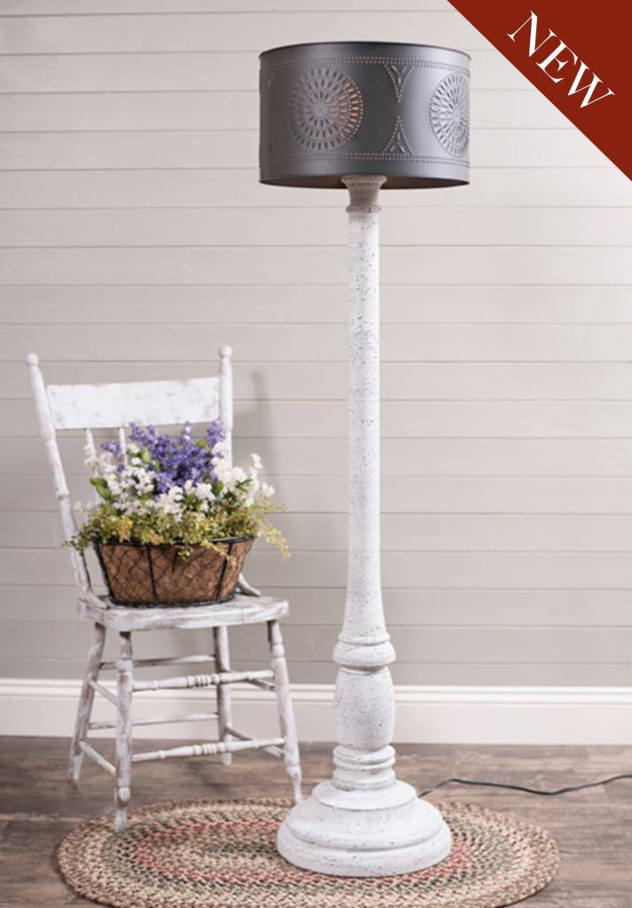 Irvin's Tinware Brinton House Floor Lamp in Farmhouse White with Drum Shade