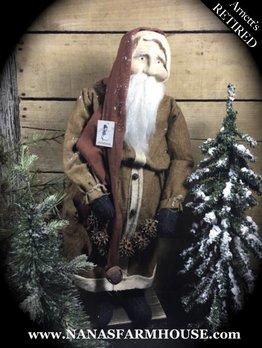 Arnett's Santa with Sweet Gum Garland JC7