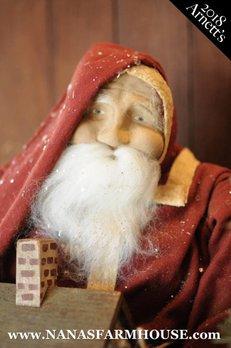 Arnett's Santa Holding Doll House AC2