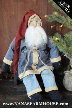 Arnett's AC9 Arnett's Santa in Blue Coat Sitting