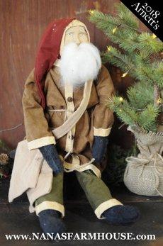 Arnett's Arnett's Santa with Satchel Sitting AC8