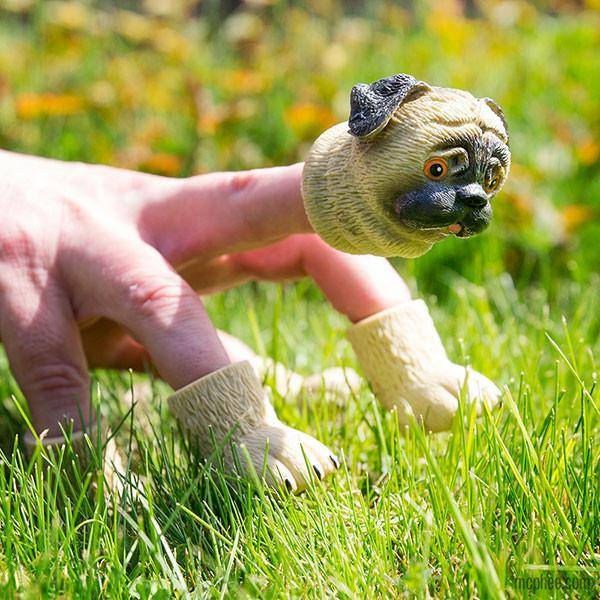 Accoutrements Handipug - Finger Puppet