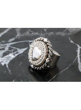 Rings Ring W/ Sacred Heart W/ Ramas Med