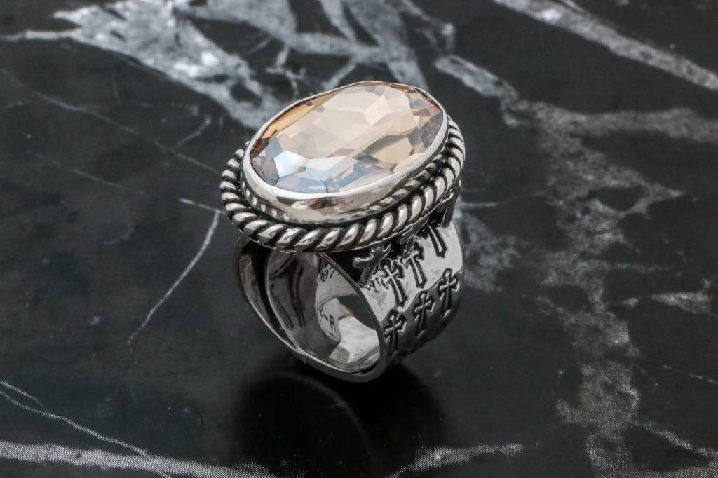 Rings CARING052