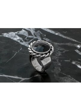 Rings Ring W/ Round Onyx Facet