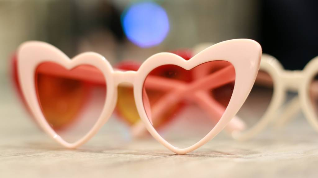 Eyewear BC515 -04 - Pink Heart Sunglasses
