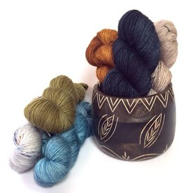 Knitter's Pride 8377 Yarn Bowl Leafy