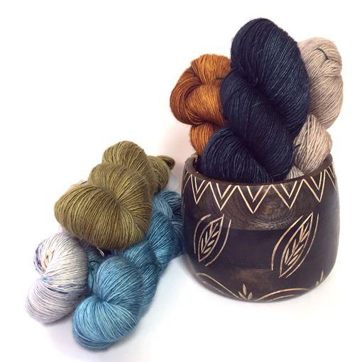 Knitter's Pride Knitter's Pride 8377 Yarn Bowl Leafy