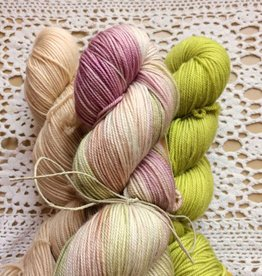 Farmers Daughter Fibers Jodi Shawl Yarn Kit