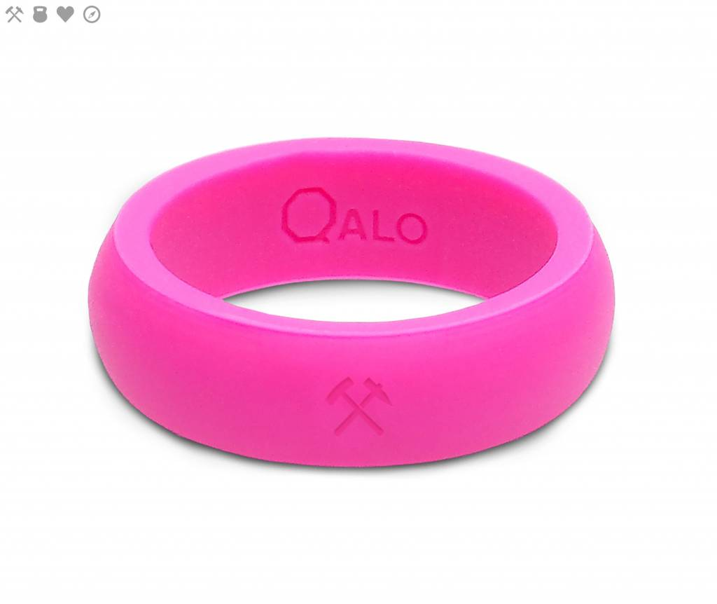 Qalo QALO Women's Pink Silicone Ring with Compass