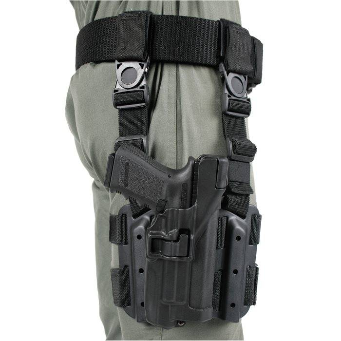 Blackhawk Blackhawk SERPA Level 3 Light Bearing Tactical Holster