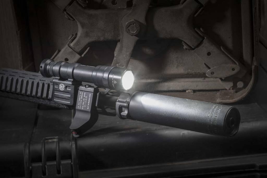 Surefire Surefire M600DF Dual Fuel LED Scout Light