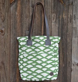 Biscotti Tote Bag in Canvas Cypress Scallop