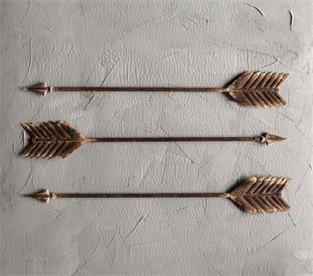"""Metal Arrow Wall 27.5""""L"""