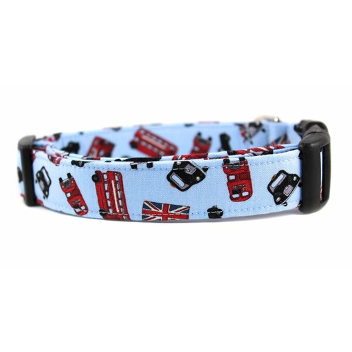 """Bow Wow Couture Bow Wow Couture I Heart London Cat Collar 3/8"""""""