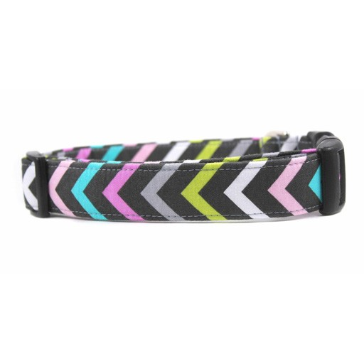 """Bow Wow Couture Bow Wow Couture Mini Chic Chevron Cat Collar 3/8"""""""