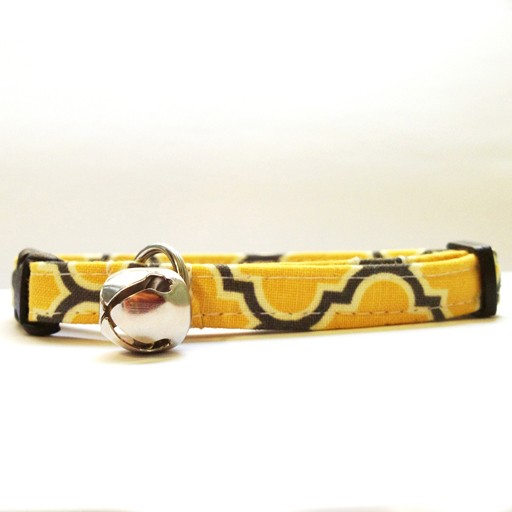 Bow Wow Couture Bow Wow Couture Barcelona in Yellow Cat Collar 3/8""