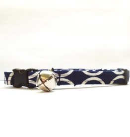 """Bow Wow Couture Bow Wow Couture Mod Navy Cat Collar 3/8"""""""