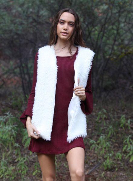 Cream Matted Fur Vest (SJ895)