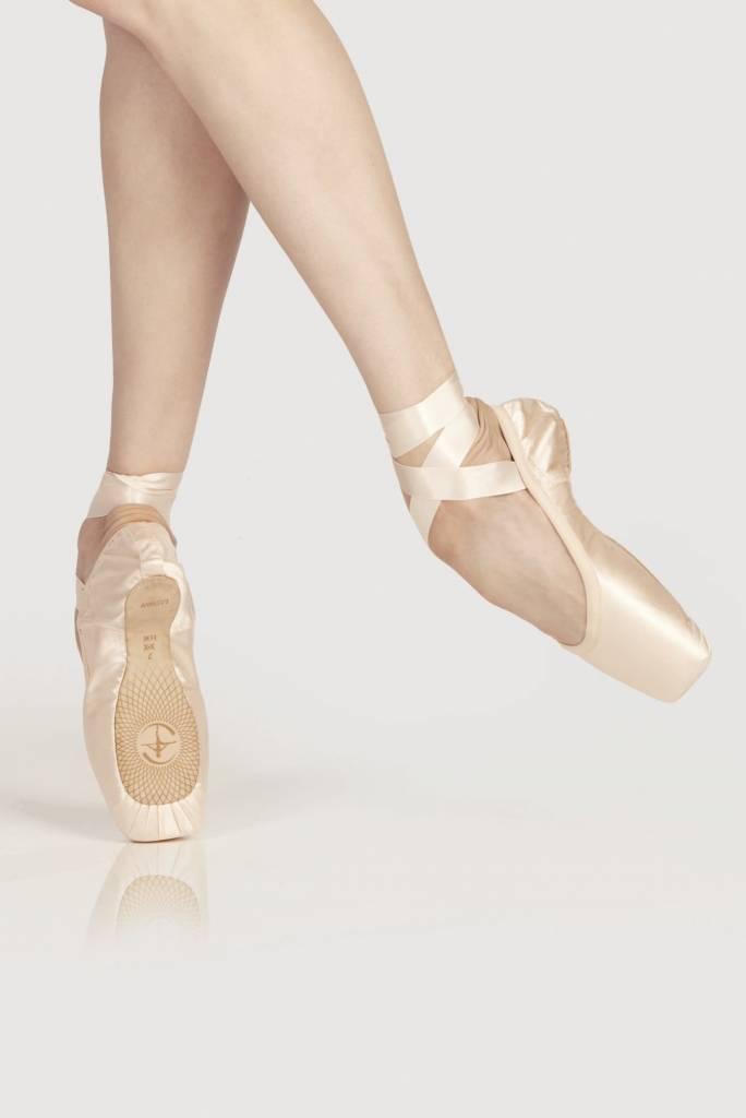 Wear Moi Omega-U Shape Pointes Shoes With Elastic Binding & Satin Ribbons