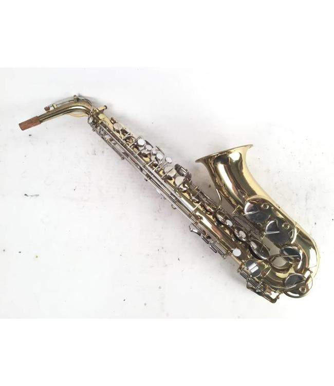 Reynolds used Reynolds alto sax