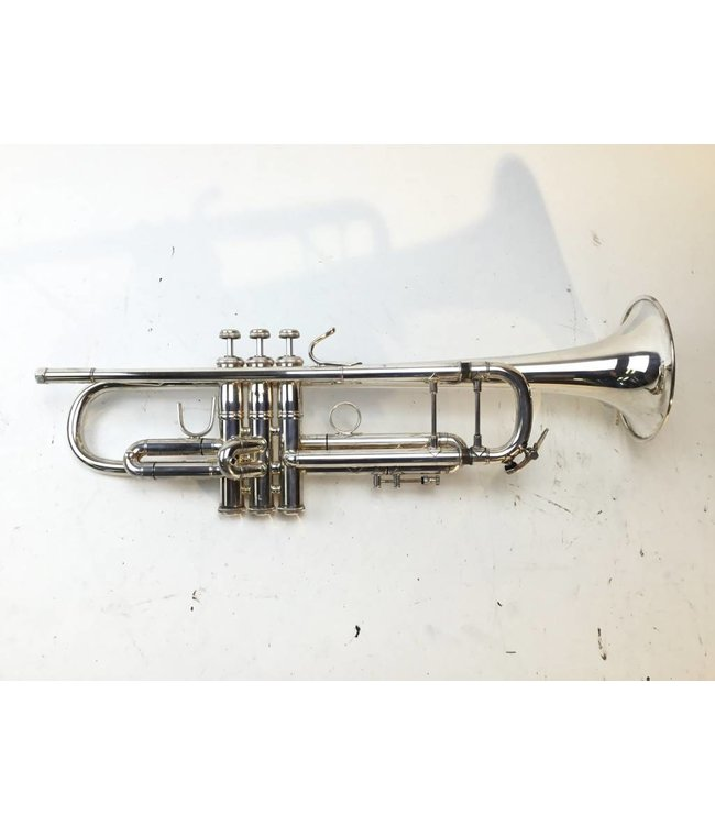 Bach Used Bach Bb Trumpet 25S