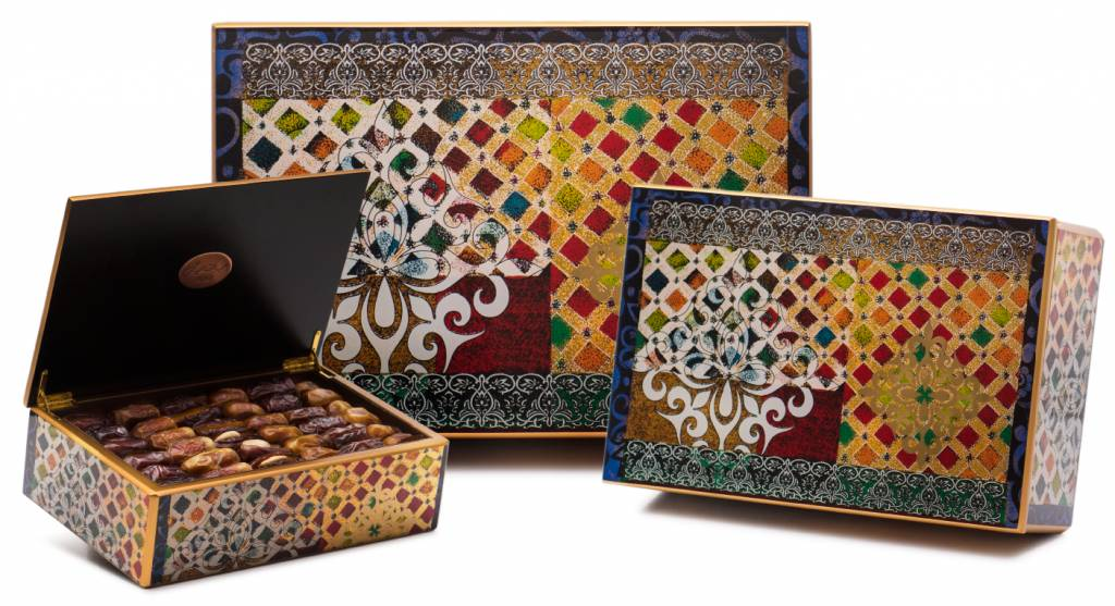 Arabian Dream Arabesque Luxury Gift Box With Dates