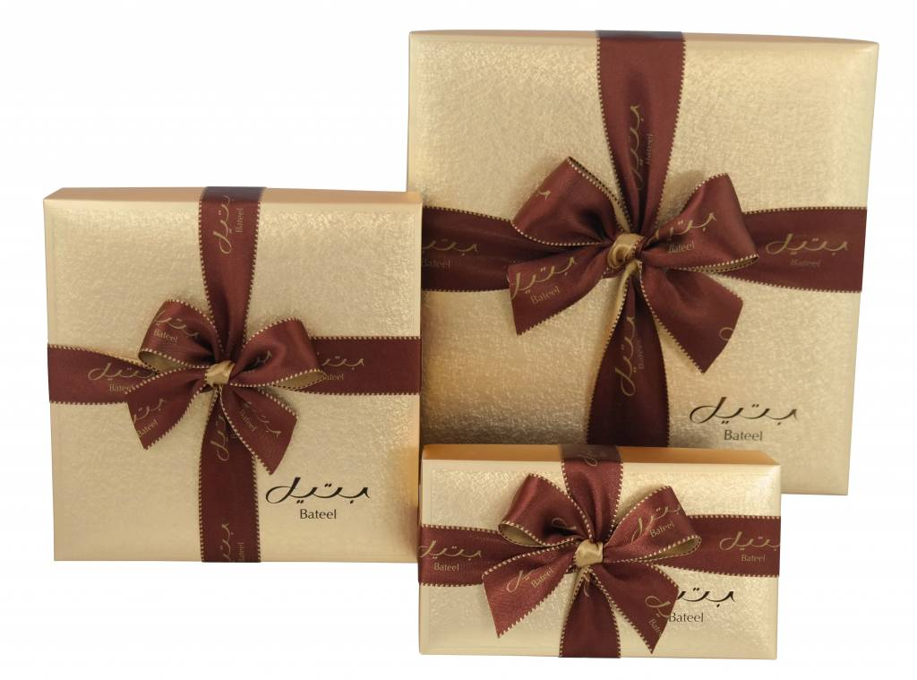 Bateel usa gourmet dates gift boxes elegant and luxury bateel usa bateel usa cassandra ballotine gift box with gourmet dates negle Gallery