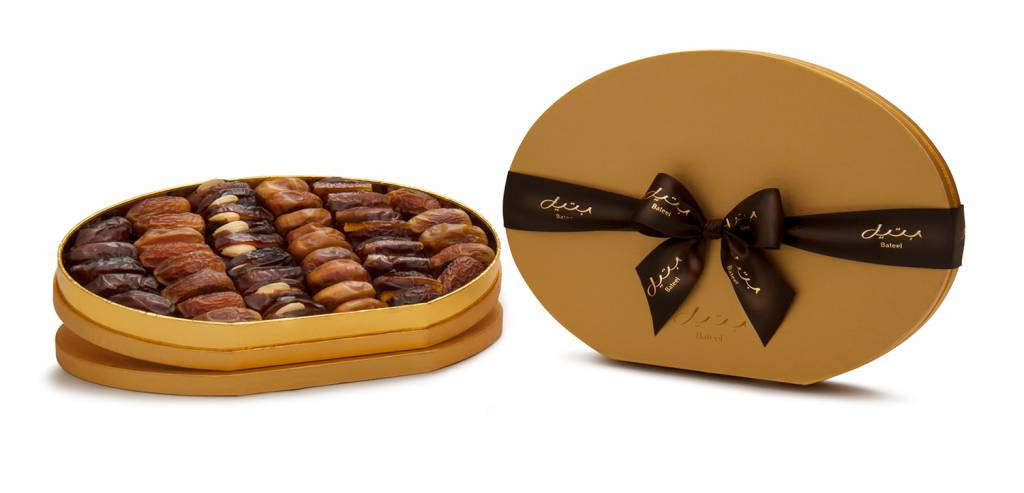 Bateel USA Gold Oval Gift Box with Gourmet Dates