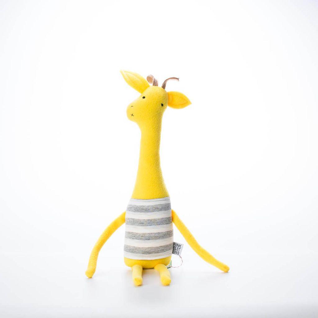 finkelsteins center FC TO - Giraffe Stuffed Animal Web
