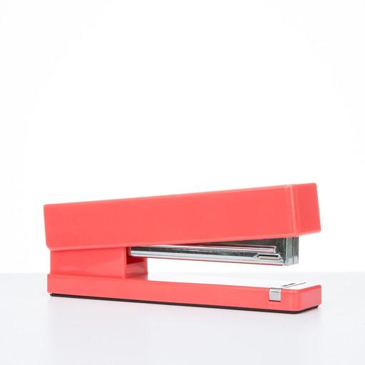 Poppin POP OS - Coral Stapler
