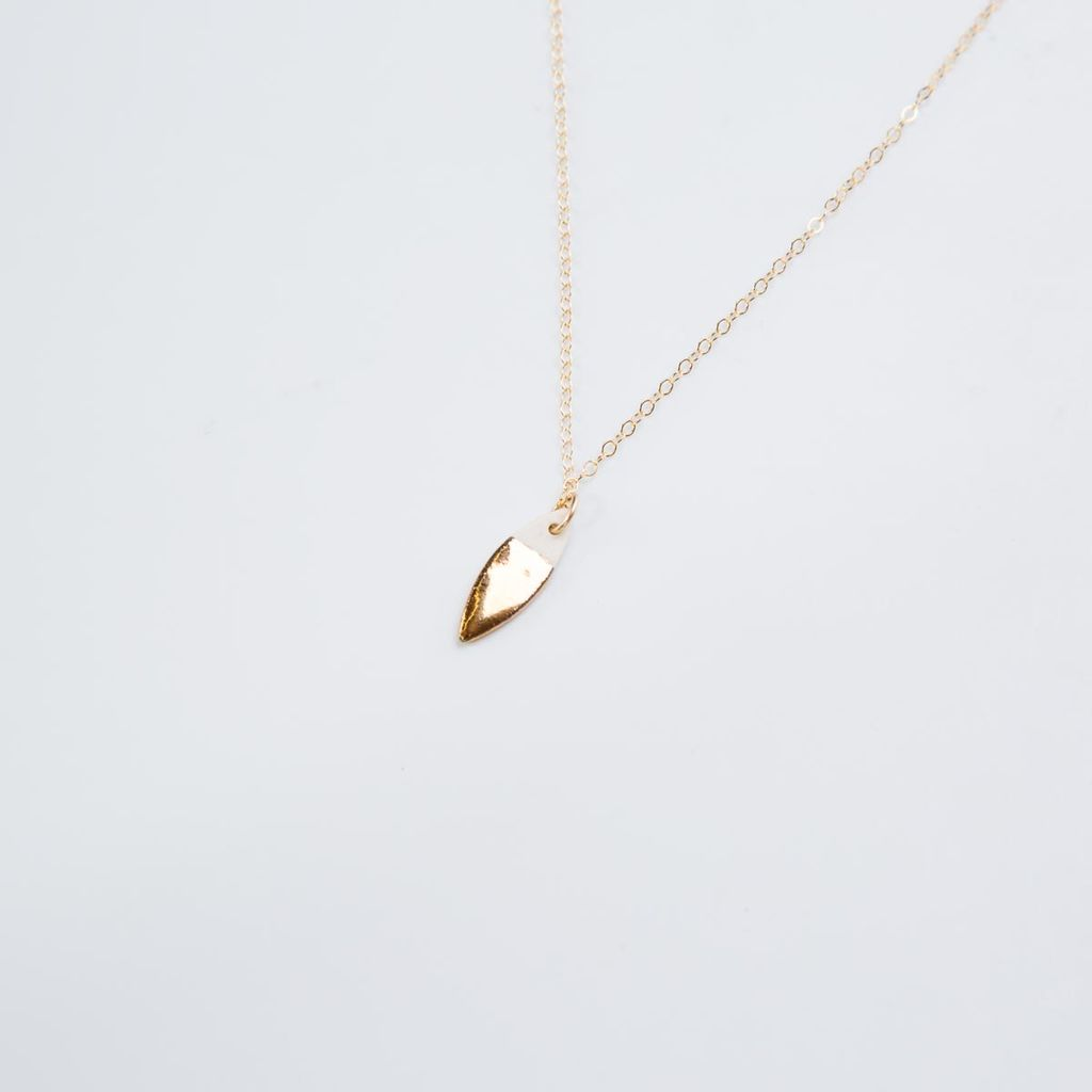 "Zoe Comings Gold Leaf 18"" Necklace"