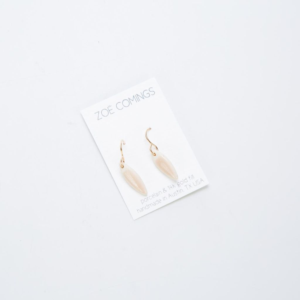Zoe Comings Tiny leaf earrings, Nude