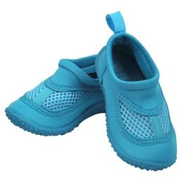i play. Water Shoes
