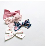 All the Little Bows Fabric Bow in Bright Pink - Single