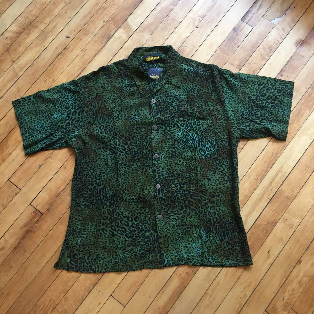 2ND BASE VINTAGE Leopard Print Short Sleeve Button Up SM