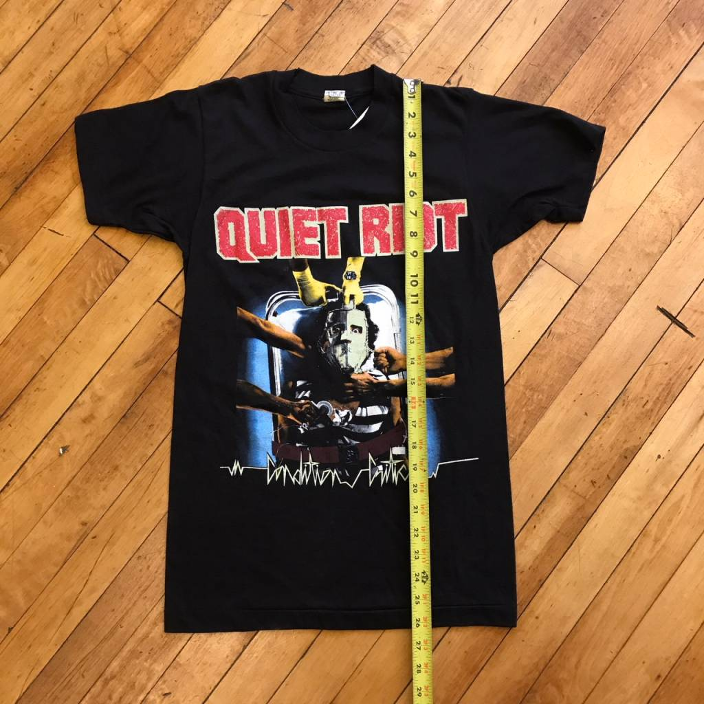 2ND BASE VINTAGE Quiet Riot Condition Critical T-Shirt SM