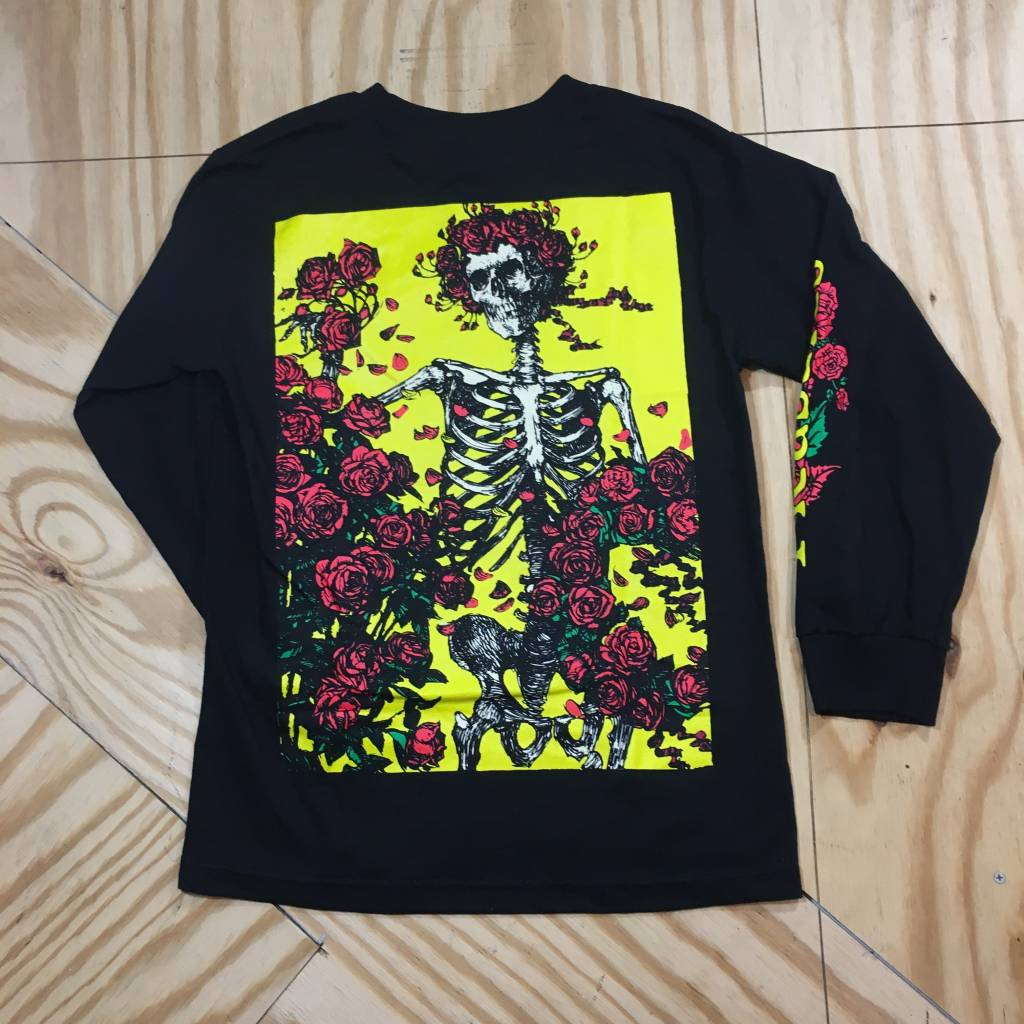 PLEASURES Bertha Longsleeve T-Shirt Black
